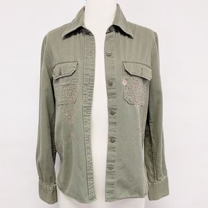 volcom | green embroidered button down shirt sz M